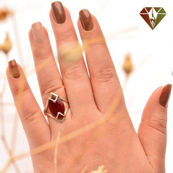 انگشتر زنانه عقیق طرح توران