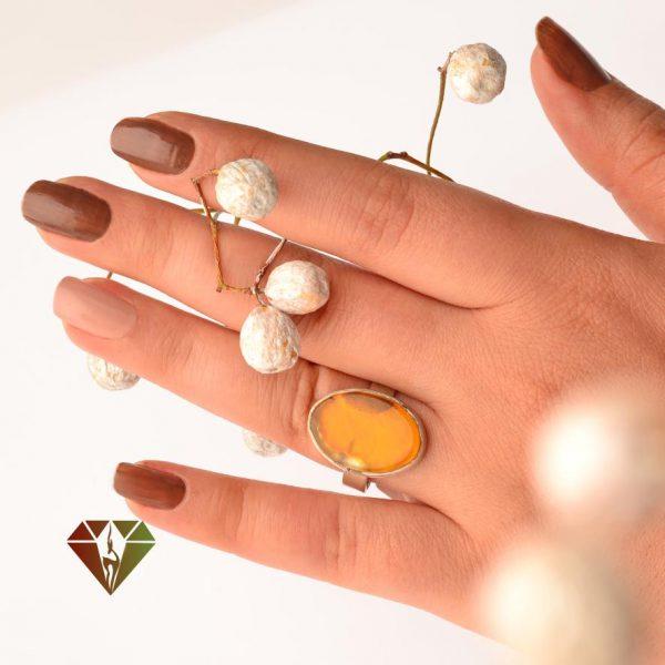 انگشتر زنانه عقیق طرح زنبوری