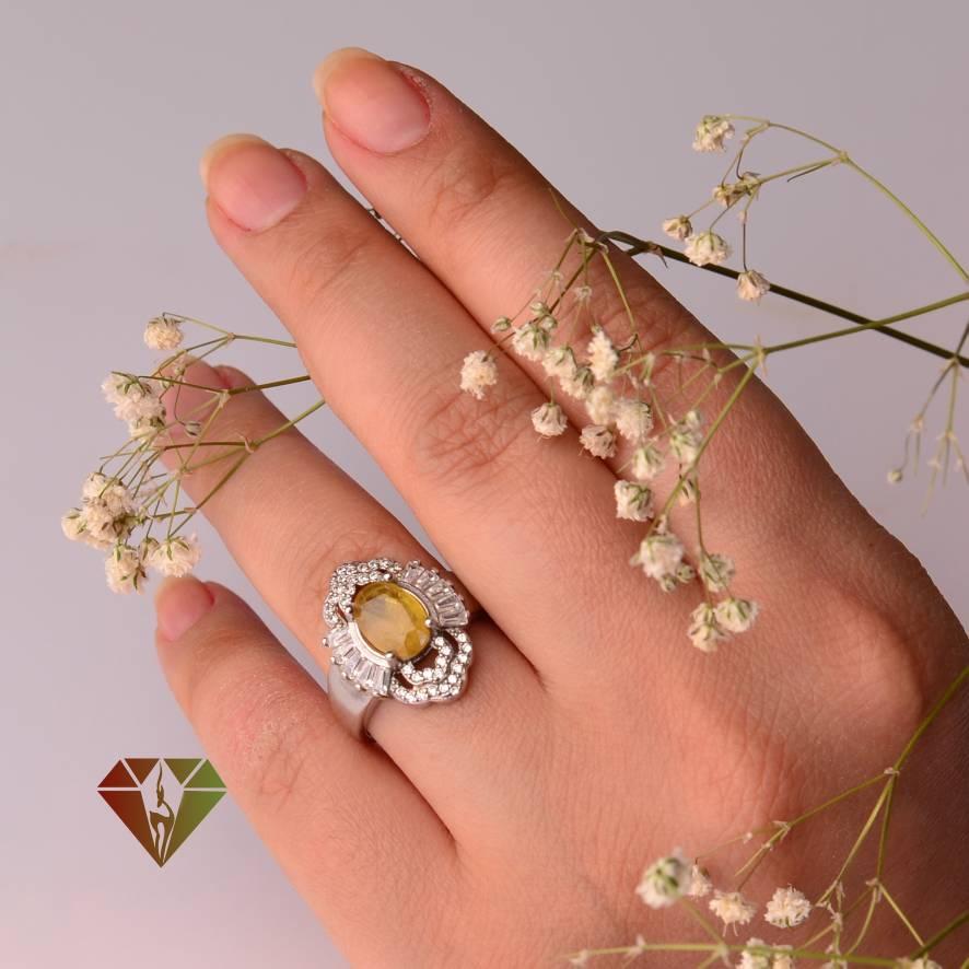 انگشتر یاقوت زرد زنانه طرح پگاه