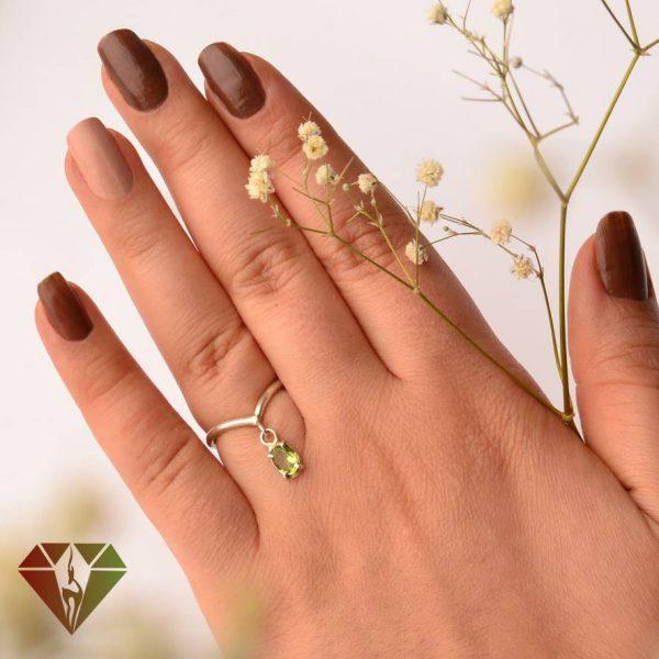انگشتر زنانه زبرجد طرح گلنار