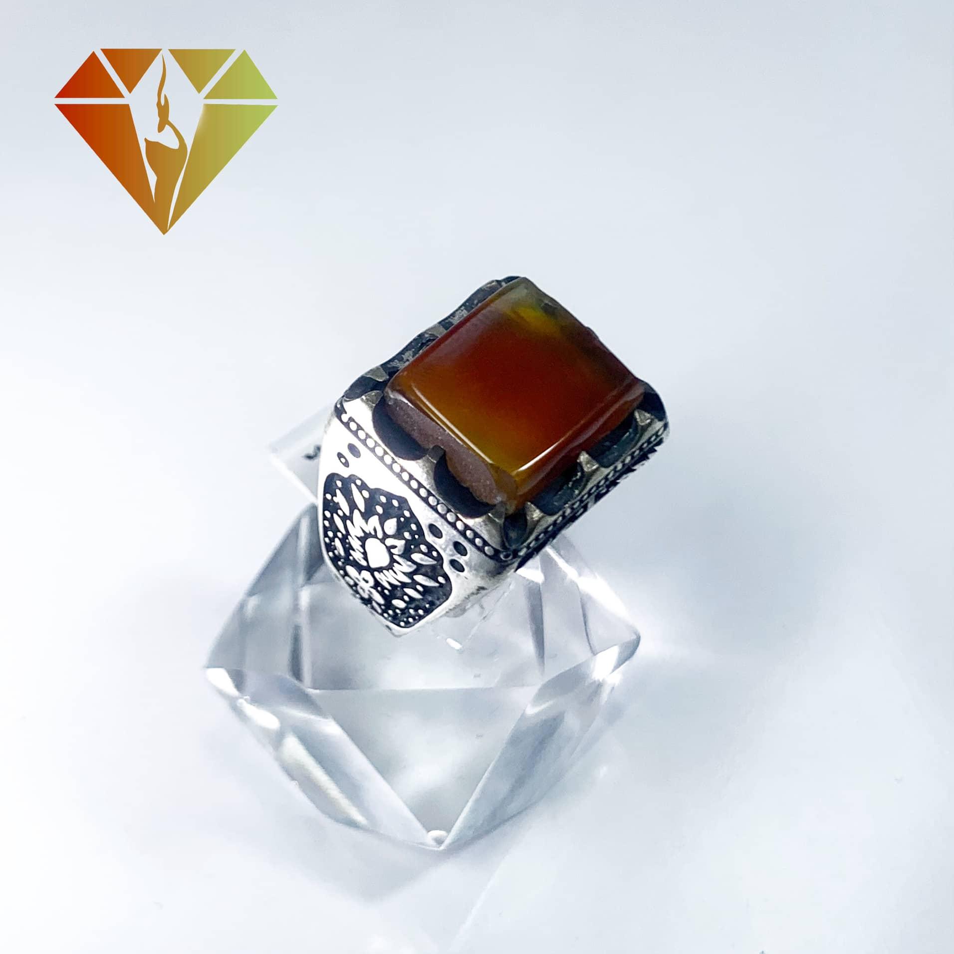 انگشتر مردانه عقیق پرتقالی مربع نقره