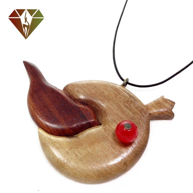 رومانتویی چوبینه گوهر عقیق قرمز طرح پرنده