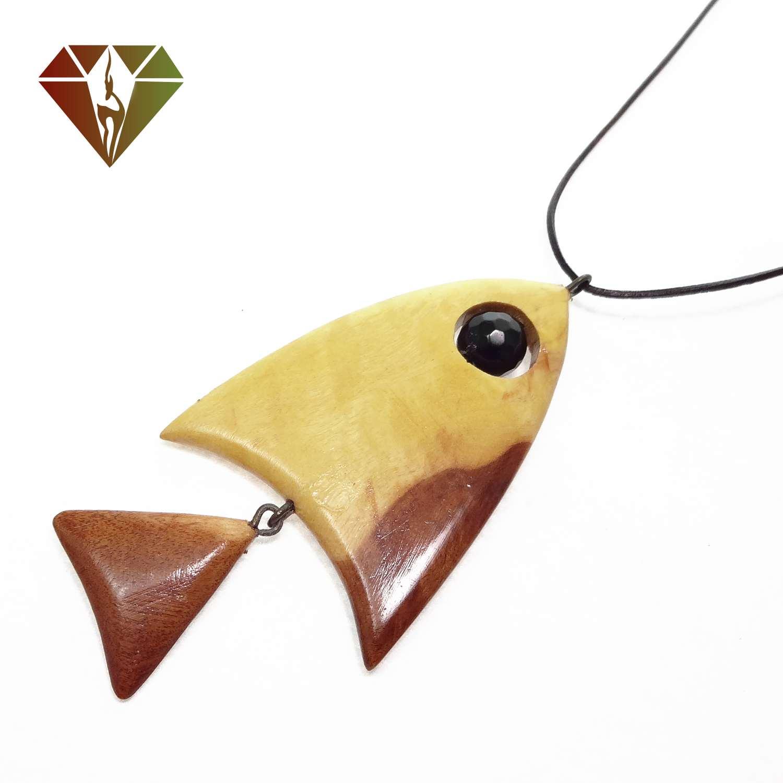 رومانتویی چوبینه گوهر عقیق سیاه طرح ماهی